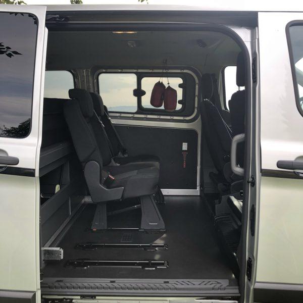 Zweier-Rücksitzbank mit Isofix.